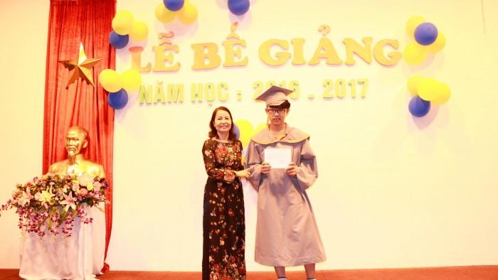 10. Award - Nguyen Quy Toan - Y9