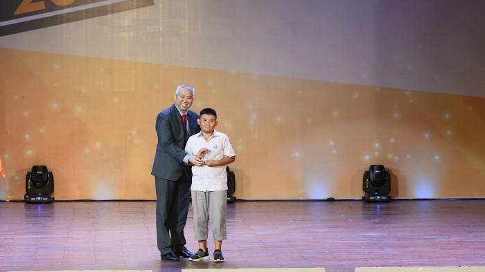 11. Academic Champion English- Huynh Gia Bao - Y3A