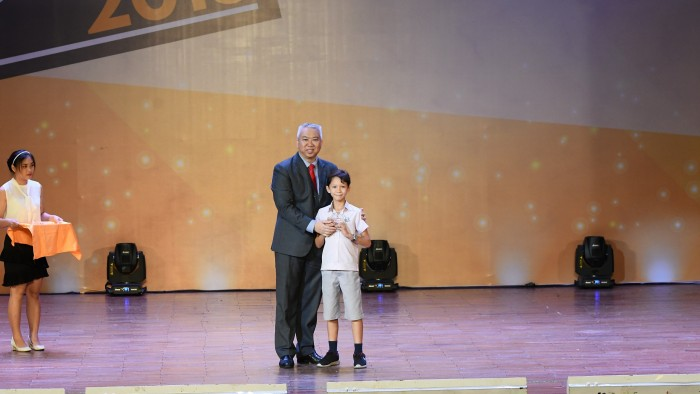 12. Academic Champion English-Peter Van Bugg - Y3B