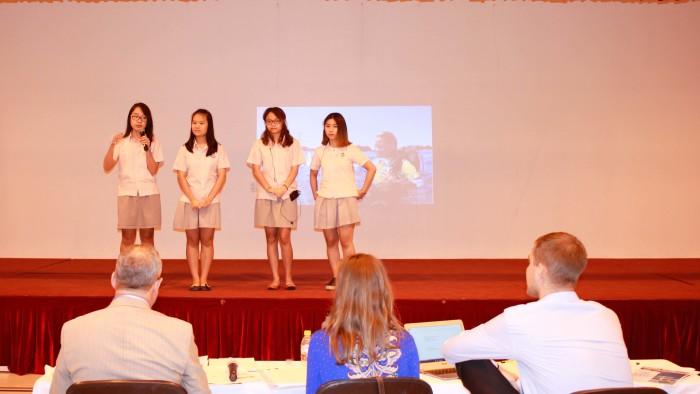 Business Competition 2016 - Team Saigon South(10)