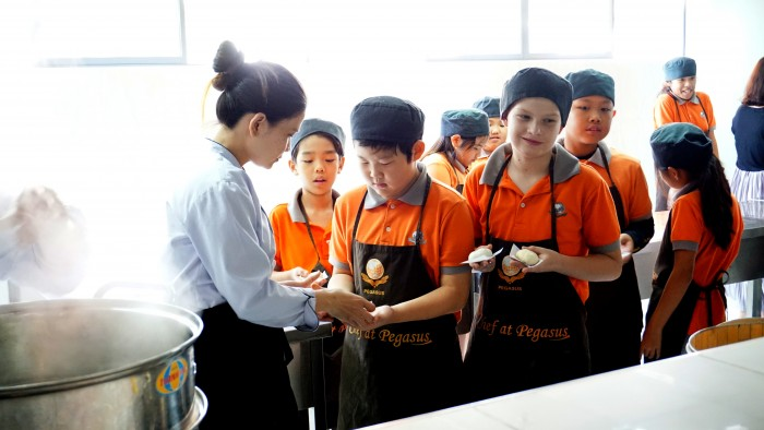 Chinese cooking at PIC (3)