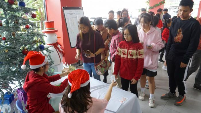 Christmas Charity Fair (1)