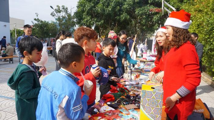 Christmas Charity Fair (15)