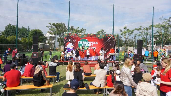 Christmas Charity Fair (18)