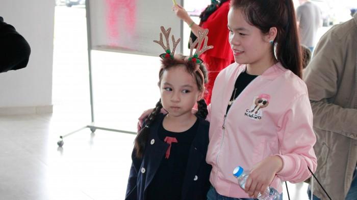 Christmas-charity-fair-2016-10