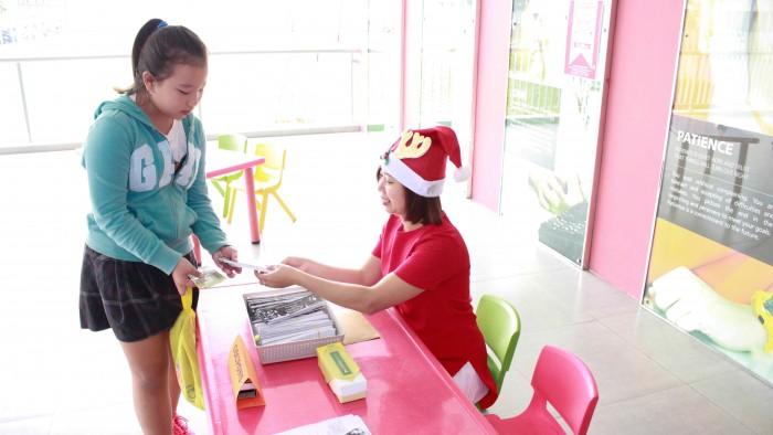 Christmas-charity-fair-2016-2