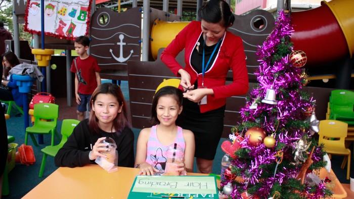 Christmas-charity-fair-2016-24
