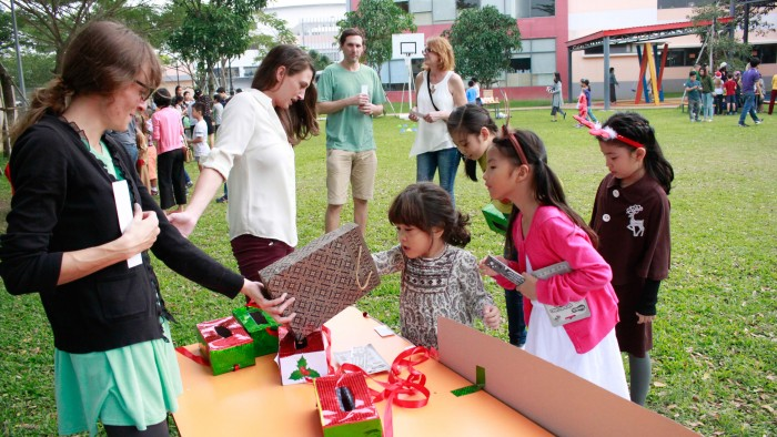Christmas-charity-fair-2016-29