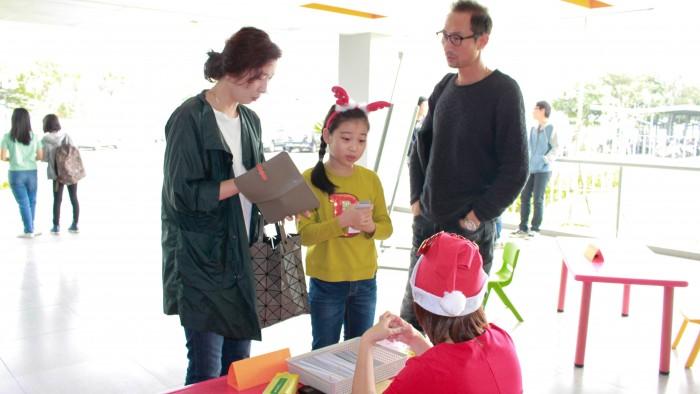 Christmas-charity-fair-2016-5