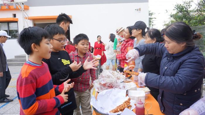Christmas Charity Fair (27)