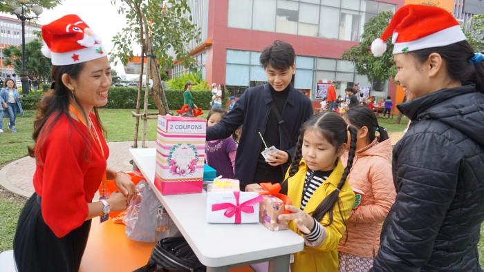 Christmas Charity Fair (35)