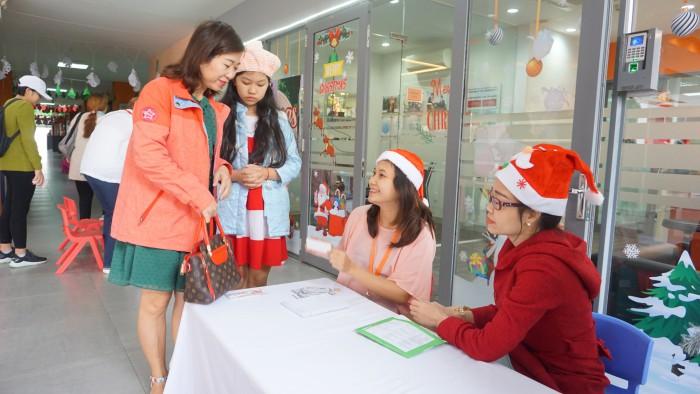Christmas Charity Fair (44)