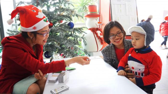 Christmas Charity Fair (48)
