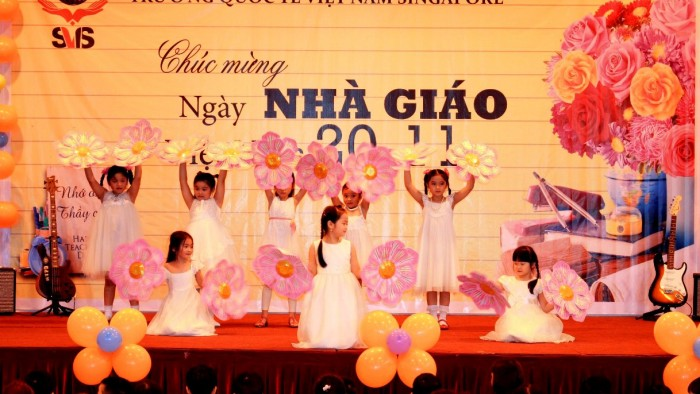 Dance Thuong lam thay co oi! - Year 1A