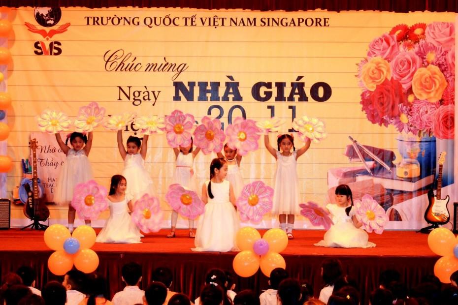 Dance Thuong lam thay co oi! - Year 1A