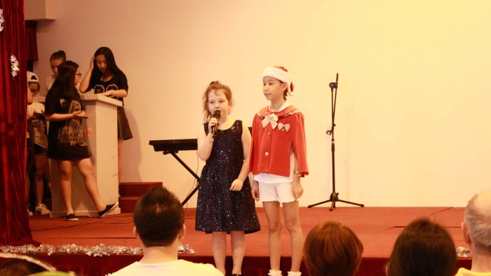 Student Performance during the Christmas Charity Fair (1)