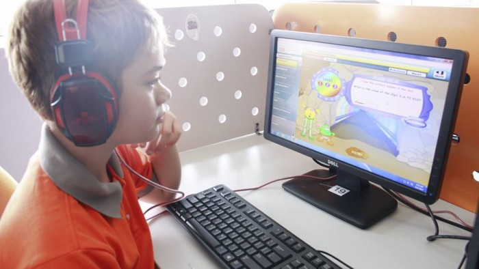 Students love using technology (5)